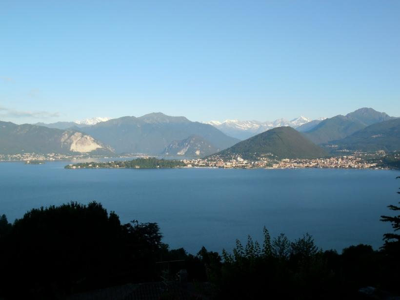 De Laveno, vue sublime sur le lac et les Alpes. Photo©MichelSmith