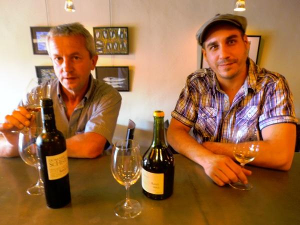 Deux vaillants vignerons de nos montagnes, Jacques Sire et Benoît Danjou. Leurs enfants pourront-ils poursuivre leurs oeuvres ? Photo©MichelSmith