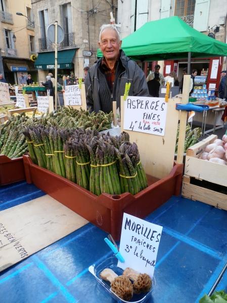 Sur le marché de Pézenas, samedi dernier... Photo©MichelSmith