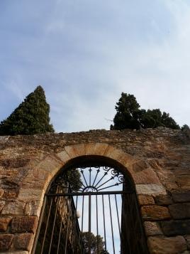 Sur la route du château. Photo©MichelSmith