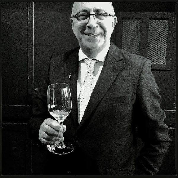 Antonio Flores... Photo extraite sans permission du site de Vincent Pousson : http://ideesliquidesetsolides.blogspot.fr