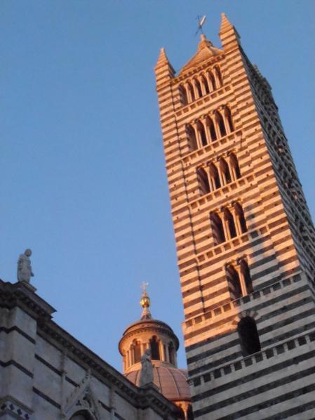 Coucher de soleil sur Siena... Photo©MichelSmith
