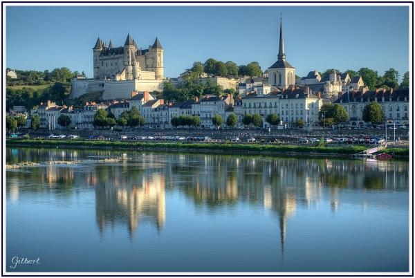 reflet-chateau-saumur