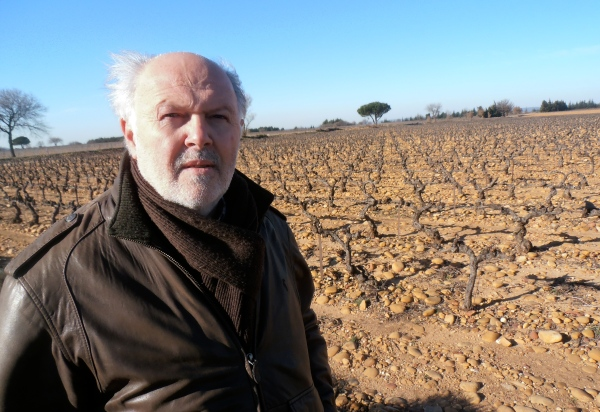 En plein mistral sur le plateau de Signargues, le Président Francis Fabre. Photo©MichelSmith