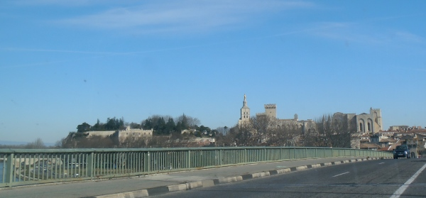 Sun un pont d'Avignon... Photo©MichelSmith
