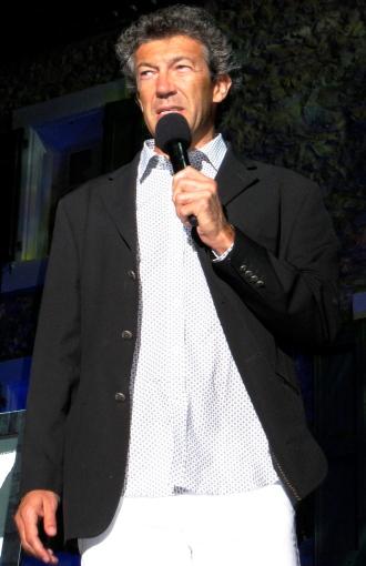 Gérard Bertrand, en 2010, ouvrant le Festival de Jazz à L'Hospitalet. Photo©MichelSmith