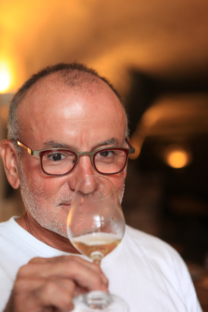 59 year-old Jacquelin Rouvre but young in spirit gave up running his Paris restaurant after 17 years to take up his parent's three hectares of vines in 2008. Jacquelin made his first vintage in 2010. if you want a bargain buy his lovely 2010 Brut for just 6.50€ a bottle. Absurdly cheap for the quality.