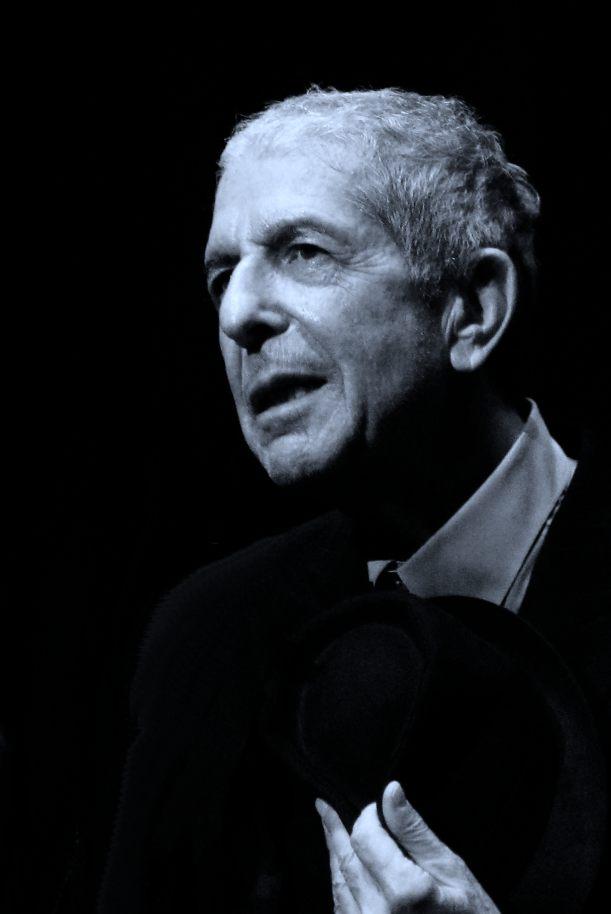 Leonard_Cohen_2187-edited