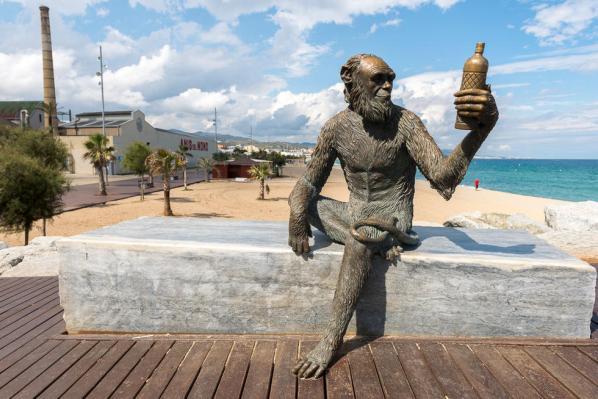 estatua-mono-de-anis-del-mono-badalona