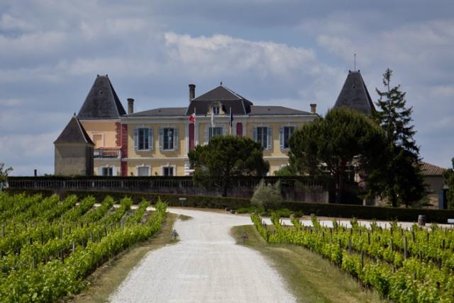 CHATEAU-DE-FRANCE-photo-vue-chateau-1