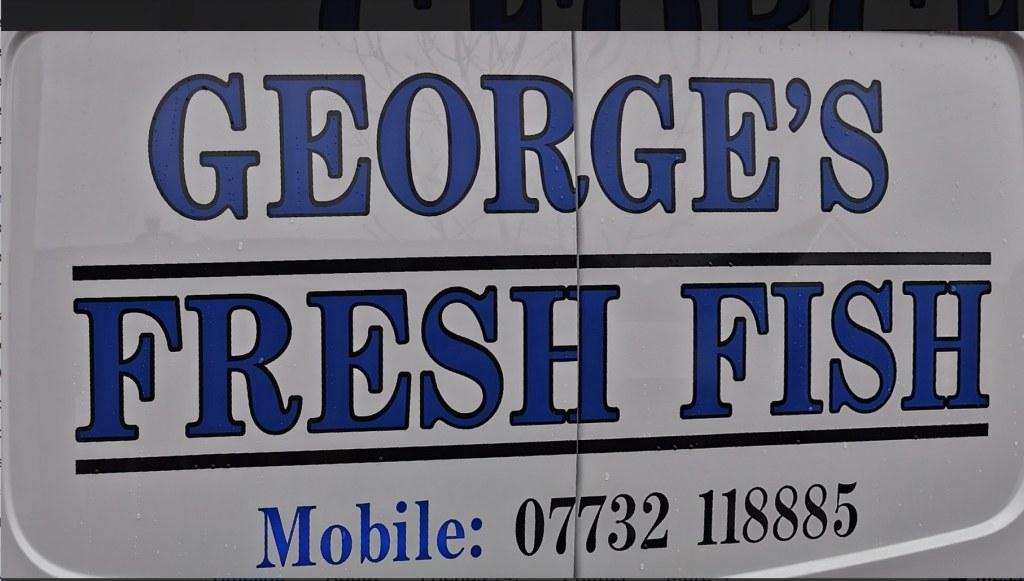 Cette image a un attribut alt vide; le nom du fichier est georges-fresh-fish.jpg
